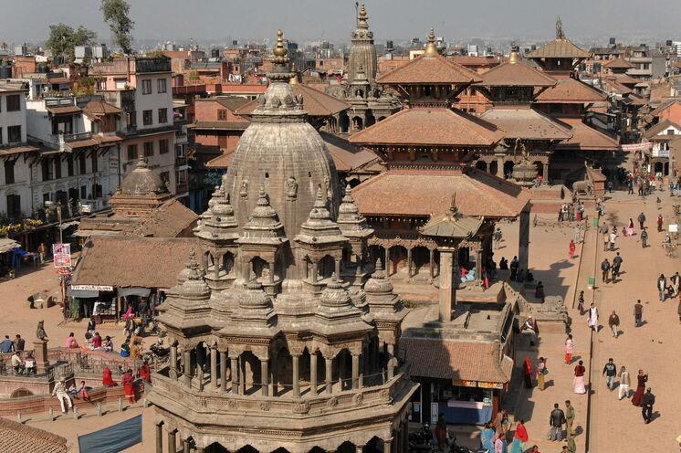 Patan ist eine der drei alten Königsstädte. Sie ist mit ihren über 150 ehemaligen Klöstern überwiegend buddhistisch geprägt.