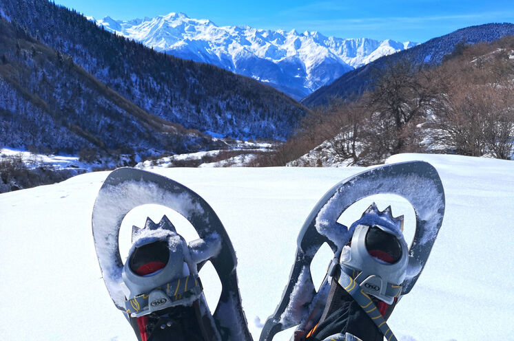Den Kaukasus einmal anders erleben – mit Schneeschuhen durch Swanetien