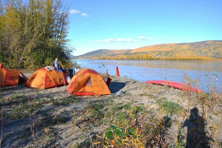 """Alle """"Must Do's"""" des Yukon bieten sich Ihnen bei dieser Erlebnisreise. Inklusive Übernachtungen in der Wildnis"""