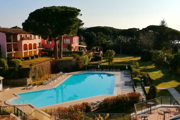 Unser gemütliches Quartier im Startort Sainte-Maxime ist das Hotel Les Jardins de Sainte-Maxime