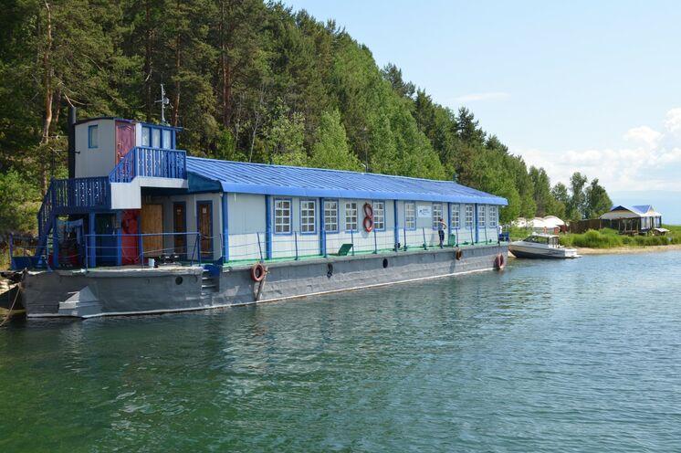 2 Übernachtungen im schwimmenden Hotel