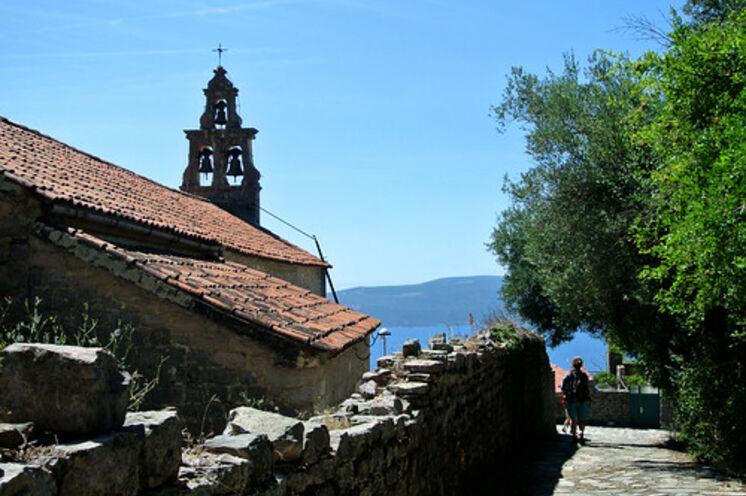 Wandern und Kultur gehören in Montenegro untrennbar zusammen