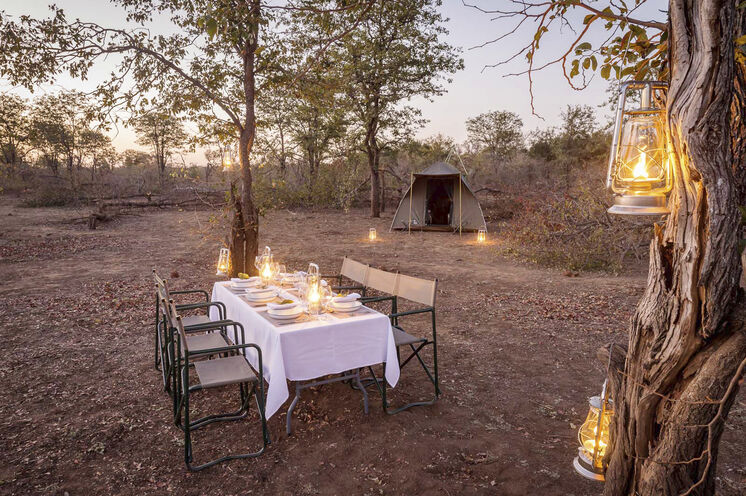Zeltunterkünfte mit rustikalem Charme (© Africa On Foot)