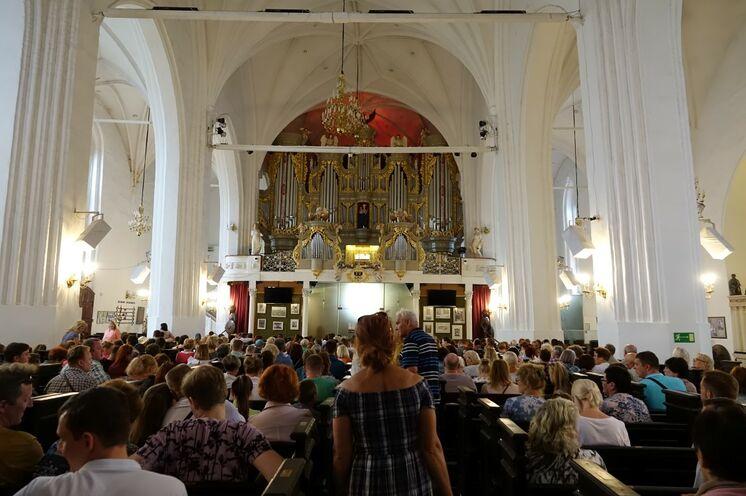 Im Kaliningrader Dom beeindruckt eine der größten Orgeln Europas!