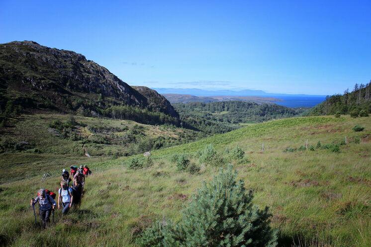 Genauso schön wie die Küste ist das Hinterland der weniger besuchten steilen Berge.