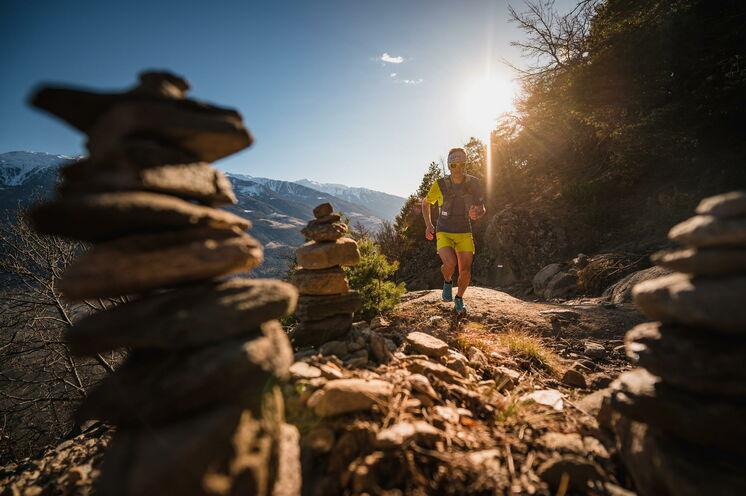 Trailrunning = Leidenschaft: Daniel wird Ihnen Kniffe und Tricks zeigen, damit Sie einfacher uns sicherer Trails laufen werden.