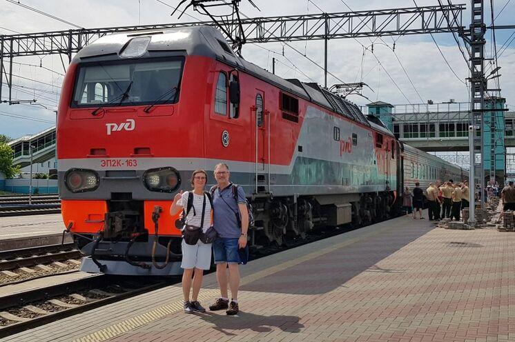 Hier ist er – der Zug der Transsib!
