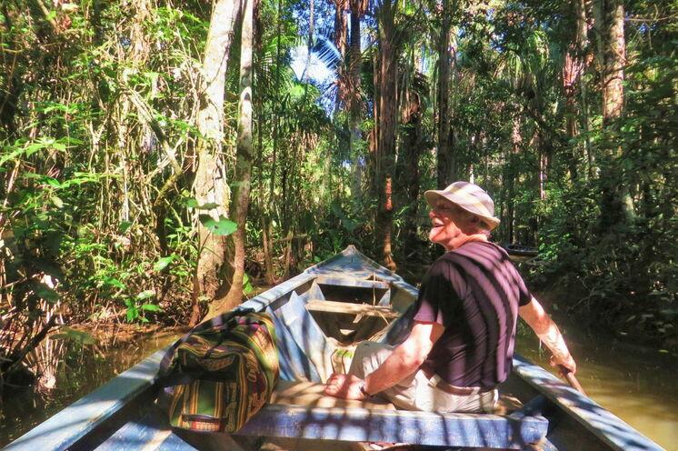 Am Lago Sandoval auf der Suche nach Riesenottern, Kaimanen, Piranhas und exotischen Vögeln