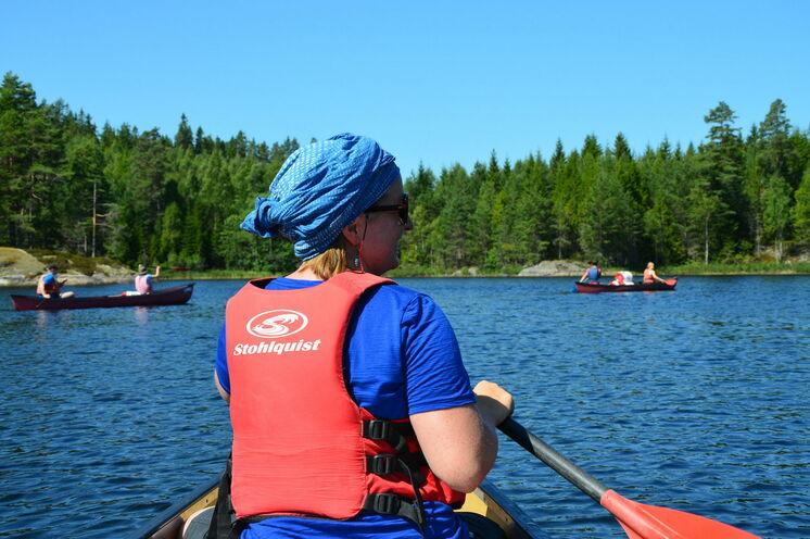Entdecke mit dem Kanu die skandinavische Wildnis ...
