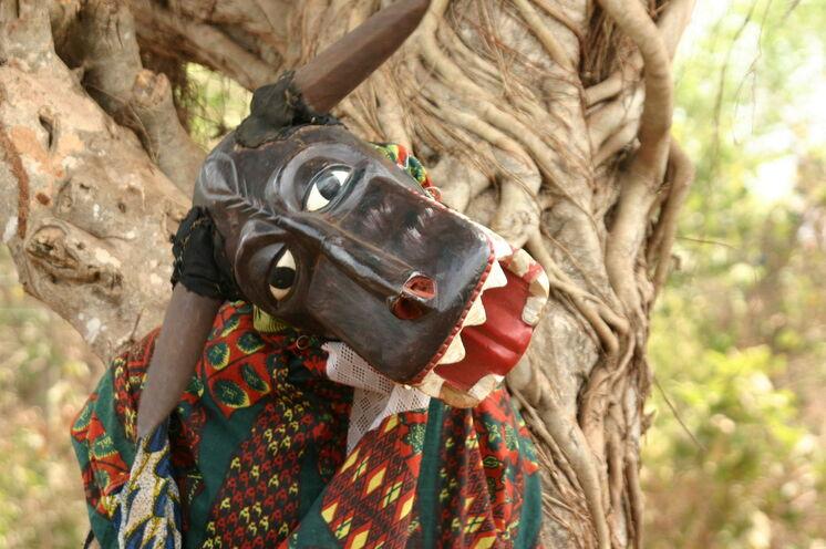 Masken sind ein essentieller Bestandteil vieler Zeremonien.