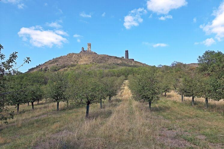 Die Burgruine der Burg Hazmburk ist nur eine von mehreren, die Sie entdecken werden