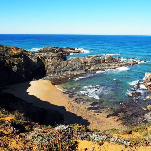 Zu Fuß an der wilden Atlantikküste – Wandern bis zur Algarve
