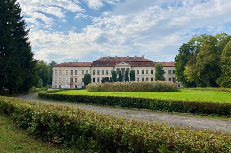 Dönhoffstädt - die ehemals größte Residenz in Ostpreußen