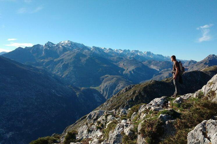 In den Picos de Europa gibt es mehr als zweihundert Gipfel mit einer Höhe von über 2000 m.