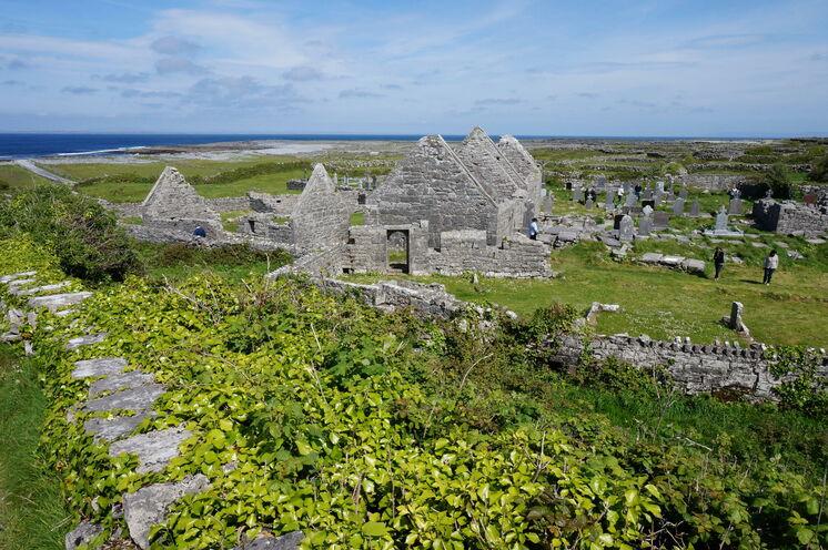 Auf den Aran Islands lassen sich steinerne Zeugnisse einer frühen Besiedlung bestaunen