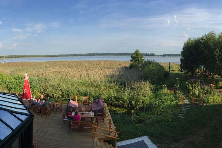 Ihre Unterkunft nahe Pisz ist direkt an einem See gelegen