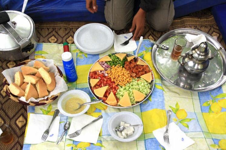 Lecker, nahrhaft und überaus sättigend sind die Mittagsspeisen
