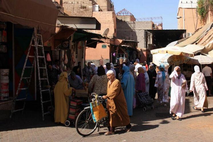 Am 14. Tag können Sie Marrakech erkunden. Ein Erlebnis dabei - die Souks (Märkte).