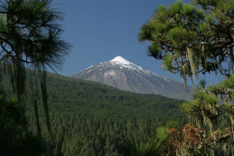 Der höchste Berg Spaniens (3718 m) überragt die gesamte Insel