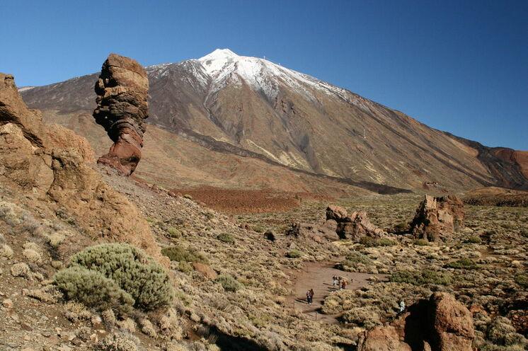 Sehr unterschiedliche und teils bizarre Landschaften zeigen sich im Teide-Nationalpark