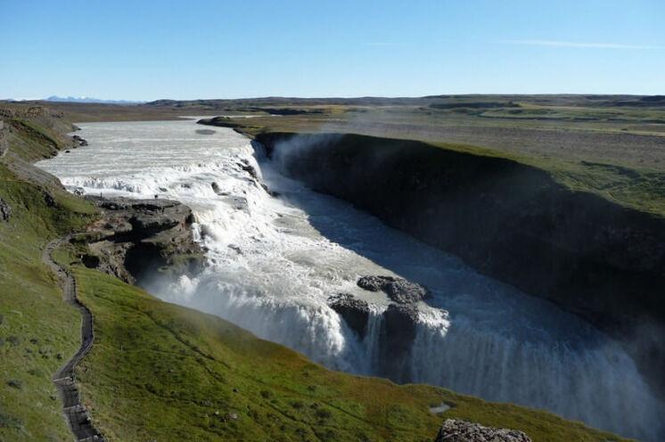 Am Ende folgen noch die letzten, ganz bekannten Höhepunkte Islands: der Gullfoss...