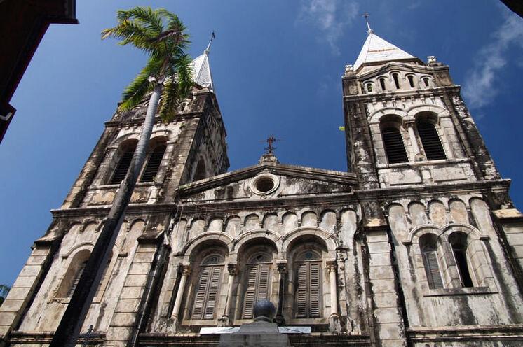 Geschichtsträchtige Gebäude machen den Rundgang im UNESCO Weltkulturerbe interessant.